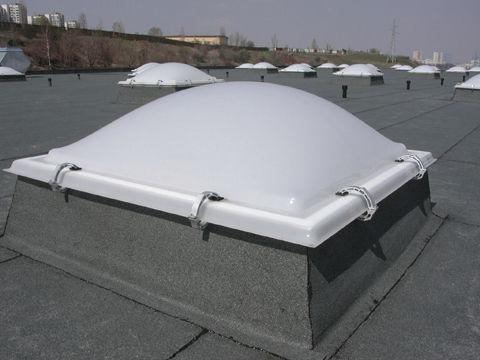 cúpula para iluminación natural de policarbonato / de metacrilato / transparente