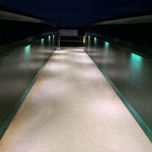 pasamano de acero inoxidable / con iluminación de LED integrada