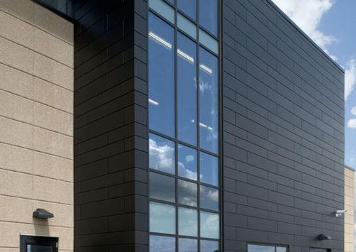 revestimiento de fachada de aluminio / patinado / de paneles