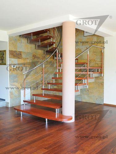 escalera en U / estructura de metal / con peldaños de madera / sin contrahuellas
