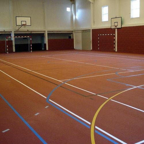 pavimento deportivo sintético / de caucho reciclado / de interior / para sala polideportiva