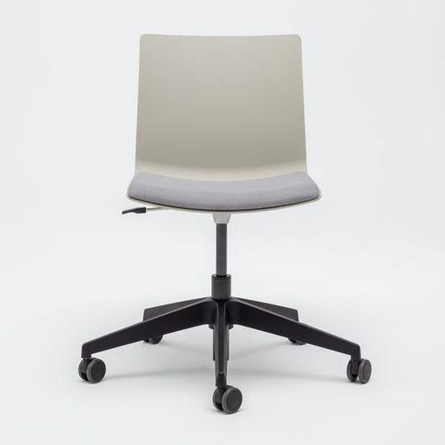 silla de oficina contemporánea / con ruedas / ajustable en altura / ergonómica