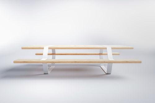 mesa de pícnic de diseño original / de madera de frondosa / de pícea / de acero galvanizado