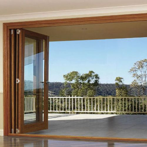 ventanal plegable / de madera / con vidrio doble / de seguridad