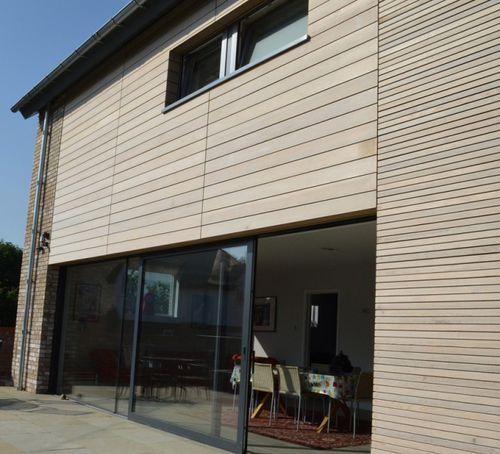 revestimiento de fachada de cedro / ranurado / en láminas