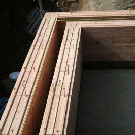 bloque de hormigón de madera