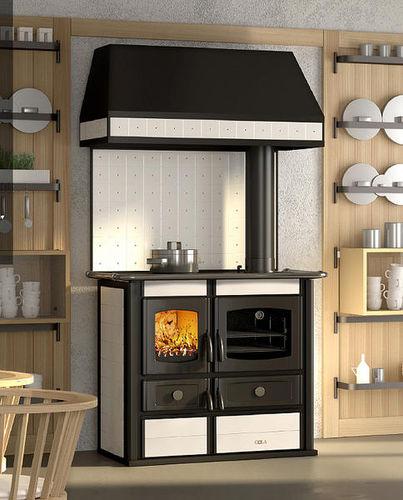 cocina con horno de leña / de hierro fundido / con campana integrada