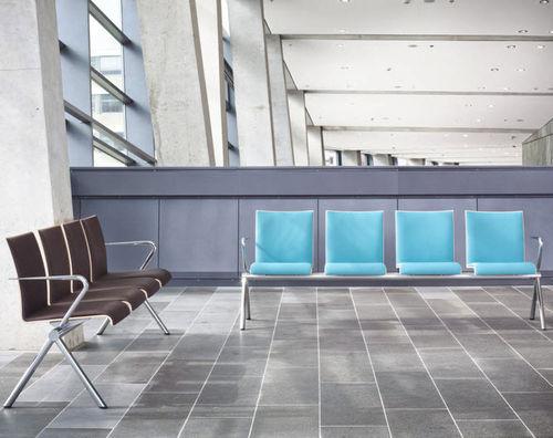 hilera de sillas de madera / de plástico / 3 plazas / 4 plazas