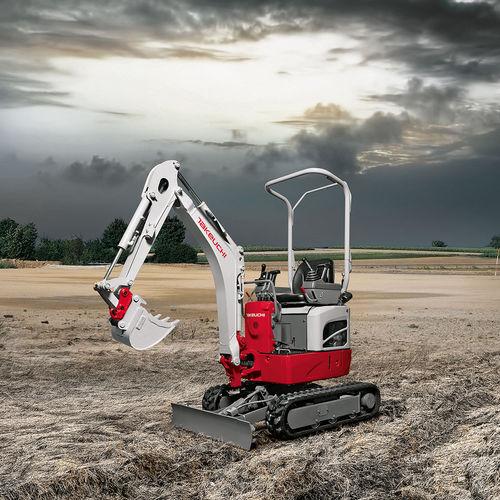 excavadora mini / con orugas / compacta / para obra