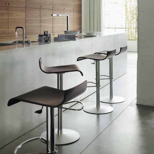 taburete de bar moderno / de haya / de cuero / de metal cromado