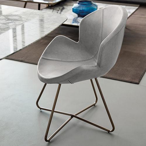silla moderna / tapizada / de cuero / de poliuretano
