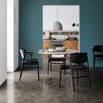 silla de diseño escandinavo / con reposabrazos / con cojín amovible / de haya