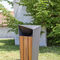 cubo de basura público / de hierro / de madera / contemporáneo