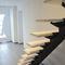 escalera recta / estructura de metal / con peldaños de madera / sin contrahuellas