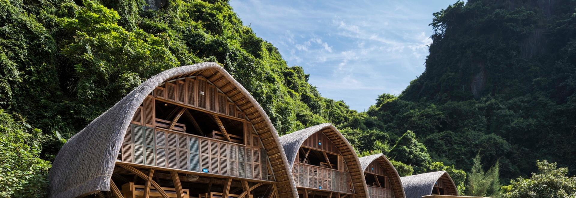 Arquitectos náufragos del centro turístico isleño/VTN