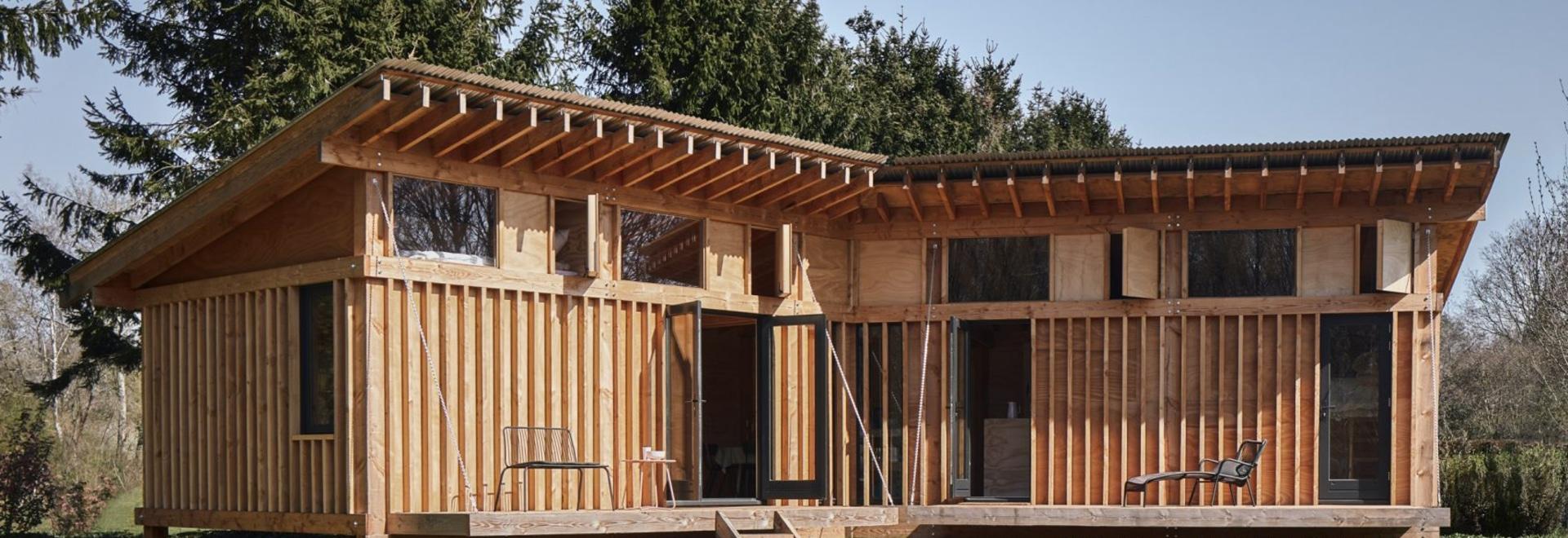 Crafted Works expone la estructura de madera en toda la cabaña de los Países Bajos