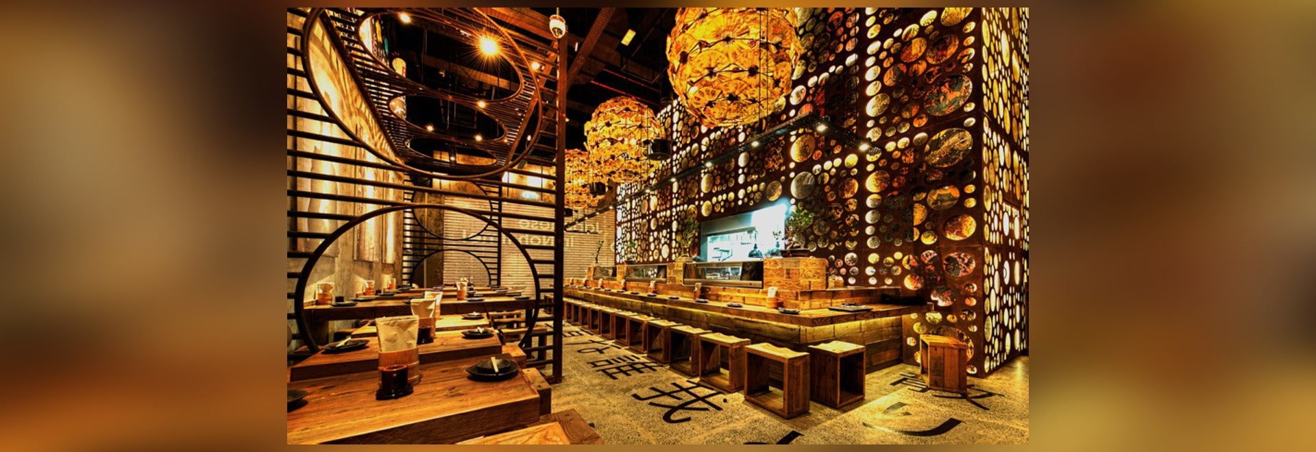 El diseño de Mojo termina el restaurante japonés de Atisuto