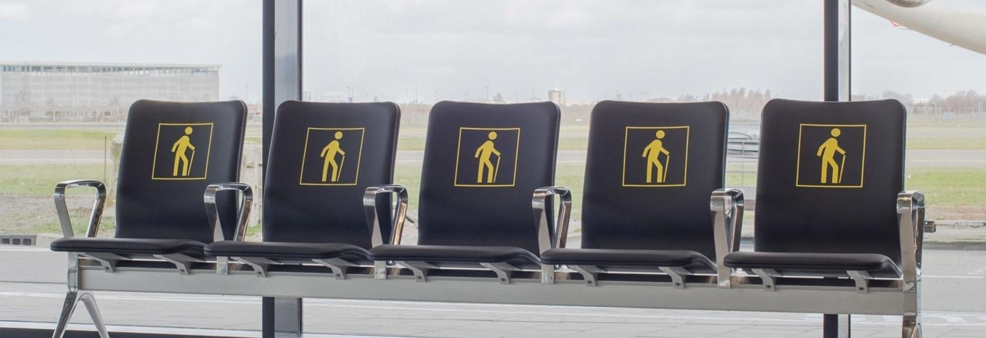 """Richard Hutten funde las viejas sillas del aeropuerto para un nuevo sistema de asientos """"radical"""""""
