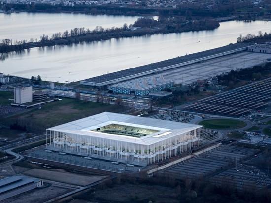 HEURZOG Y NUEVO ESTADIO DE BURDEOS DE DE MEURON COMPLETES PARA EL EURO 2016 DE LA UEFA