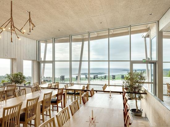 Los arquitectos de Sweco construyen el restaurante timber-framed en la fortaleza de Hemsö de Suecia
