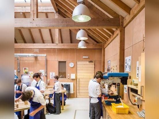 Bloque de la tecnología de diseño, escuela de San Jaime