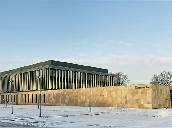 el instituto del fraunhofer para la biotecnología marina por el reimann del müller architekten