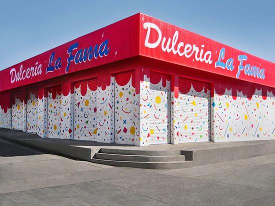 Marca de fábrica de los fama del la del dulceria de las actualizaciones de IHC + façade del almacén en México