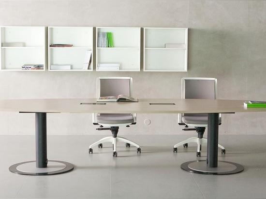 NUEVO: tabla de la sala de reunión de Fantoni