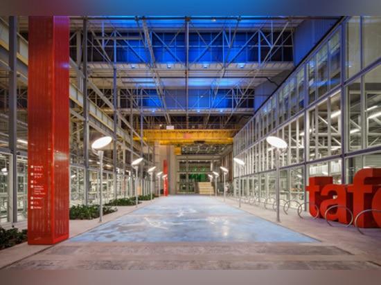 """Los arquitectos del MPH transforman la fábrica anterior """"magnífica"""" del coche en centro de educación"""