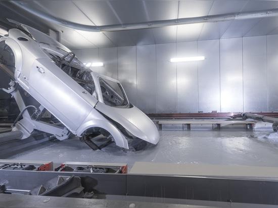 La fábrica de gama alta de Audi Hungaria iluminada por Zumtobel