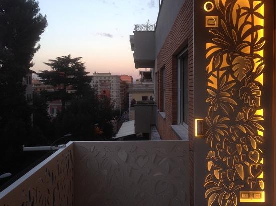 Pantallas retroiluminadas para las terrazas y las cubiertas