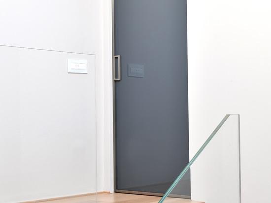 Puertas deslizantes de Manhattan: líneas mínimas y contemporay