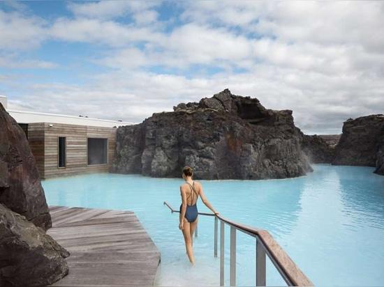 El Retiro en la Laguna Azul de Islandia