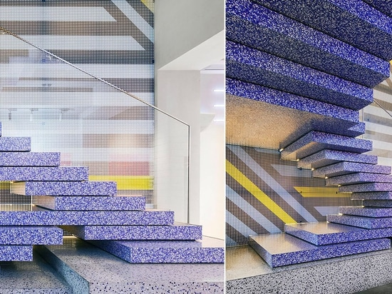 KCA compone la panadería de bricolaje yakafu en China con bloques de terrazo geométricos + elementos gráficos
