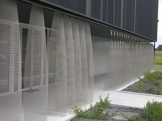 Atelier en Pau (Francia): Mallas metálicas arquitectónicas para una partición