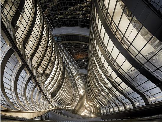 Torre Leeza SOHO de Zaha Hadid Architects