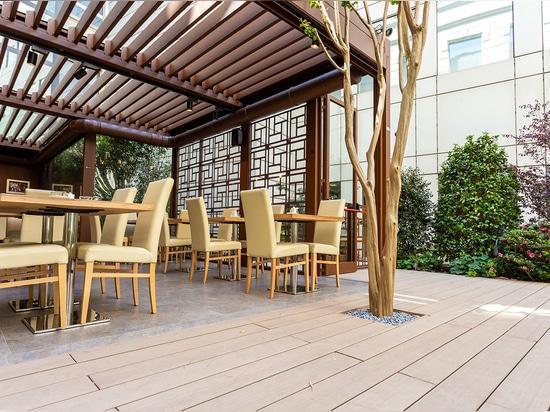 Vision para Basara Milano, el espacio al aire libre zen