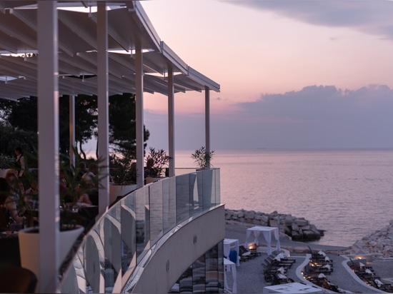 Siete pergolas fabricadas por Pratic marcan el cielo de Istria