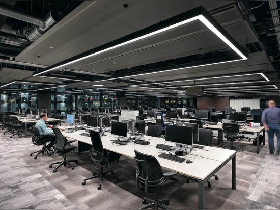 ¡En el aire! Solución de iluminación Zumtobel para el centro de radiodifusión de la BBC de Gales