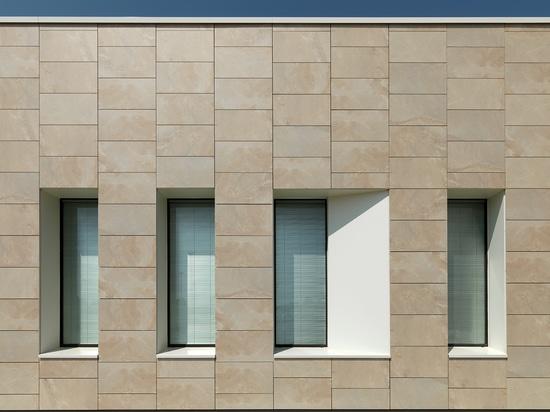 La oferta de Casalgrande Padana para el revestimiento de la fachada de cerámica