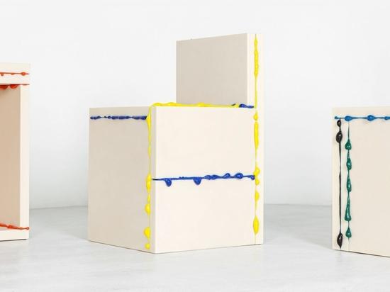 Los residuos de impresión 3D reciclados rezuman de la colección de muebles monolíticos de Donghoon Sohn