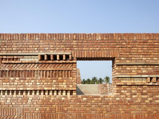Casa de la Galería / Estudio de diseño Abin
