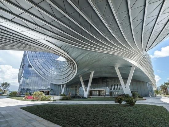 Centro Financiero Internacional Hengqin / Aedas