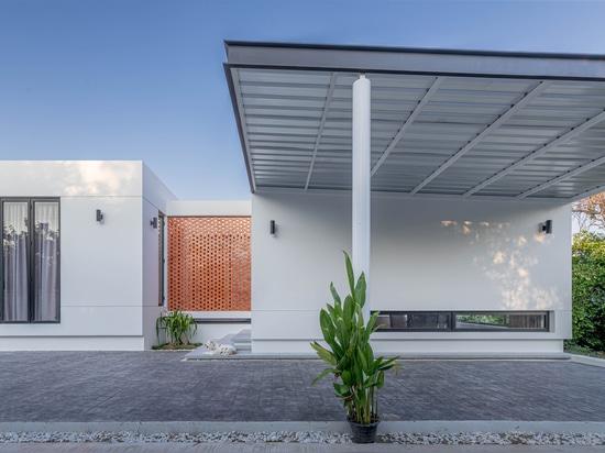 Casa TSR3 / Estudio Chieng-Neur