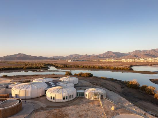 Hopkins Architects completa un santuario de tortugas y fauna salvaje en los EAU
