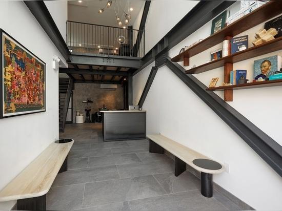 Bancos de Cauv Design.
