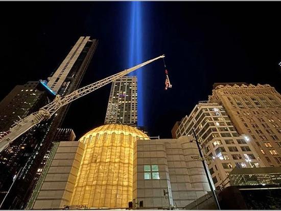 la iglesia se iluminó por primera vez en el 20º aniversario del 11-S